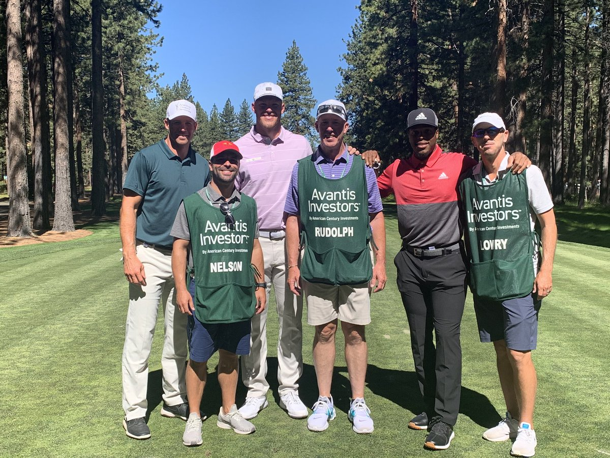 What an incredible week in Lake Tahoe. Had a great time playing golf with these guys at the @ACChampionship. #ACCGolf #T75 #betternextyear #kylelowry https://t.co/9YmktMD6Ny