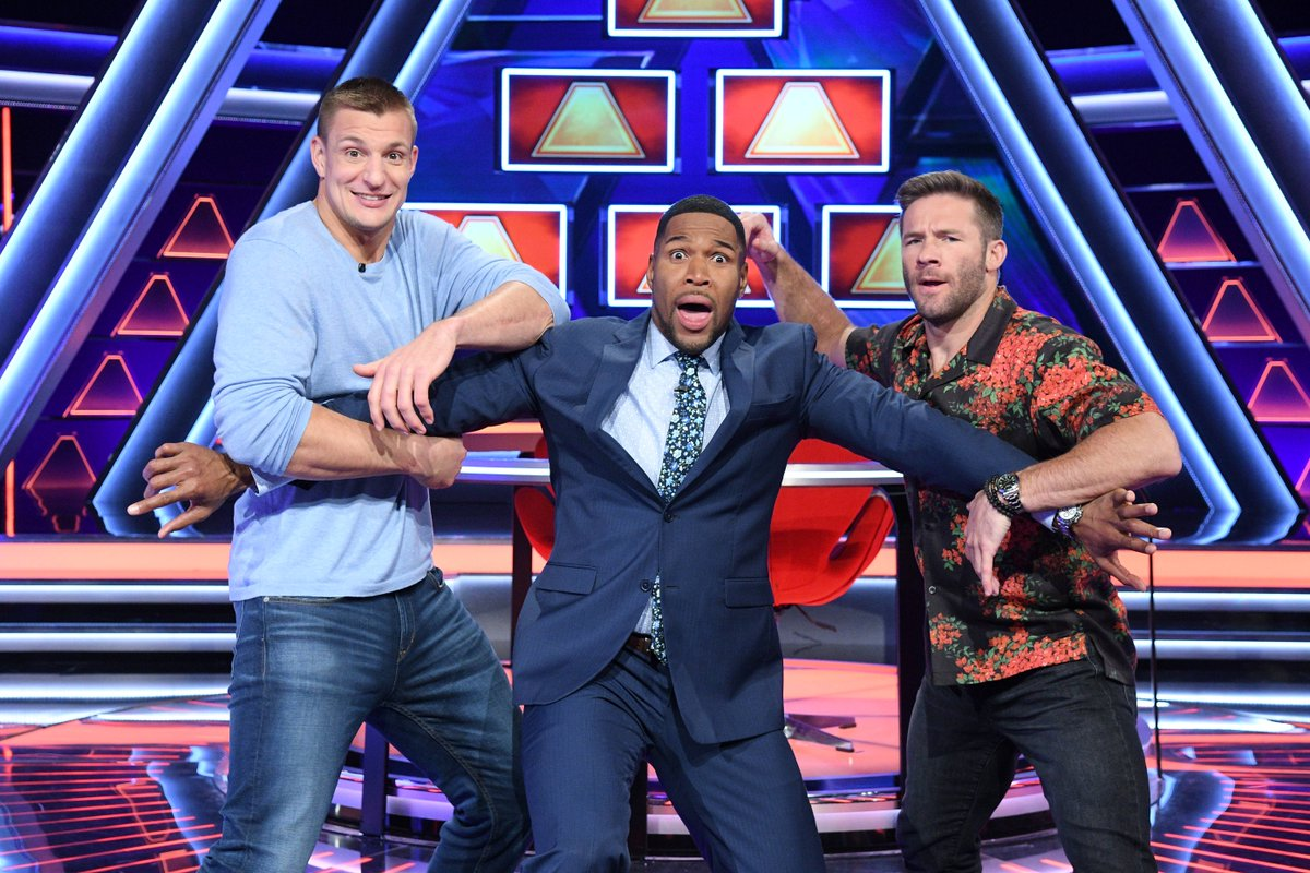 New England @Patriots wide receiver @Edelman11 faces off against former teammate @RobGronkowski on tonight's episode of @PyramidABC. Airing at 9/8c on @ABCNetwork (Photos: Lorenzo Bevilaqua) #100KPyramid #JulianEdelman #RobGronkowski<br>http://pic.twitter.com/M9o1QwrWYs