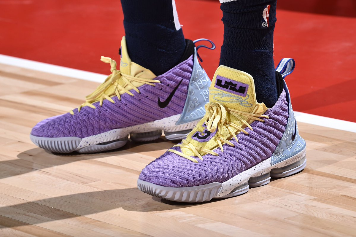 More than just OK, Ben Lawson brings the 🔥 with the Nike LeBron 16!   #ATT #CourtsideKicks #NBAKicks