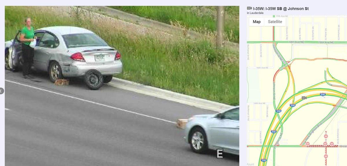 Report of vehicle fire NB 35W at Johnson facebook.com/CrimeWatchNE/p… #NEMPLS #Mpls