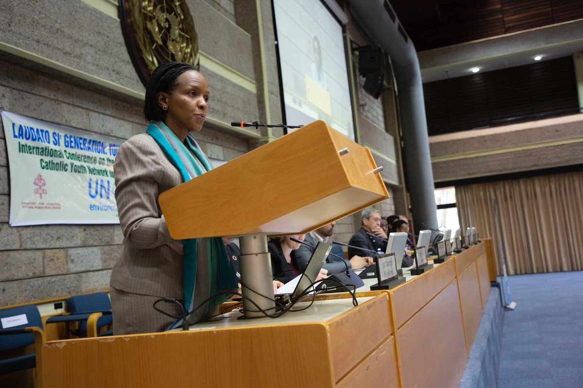 Pleasure to speak at the Second International Conference on Laudato Si: Young People Caring for Our Common Home We are in a climate emergency. I have hope because of the ⬆️ nos. of young people drawing on both faith and science to campaign for change & #ClimateAction #Faith4Earth