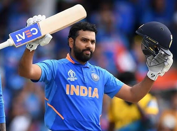 Rohit Sharma @ImRo45 has won the 'Golden Bat' award of the #ICCCricketWorldCup2019 with a grand total of 648 runs. <br>http://pic.twitter.com/gINpRqxvLf