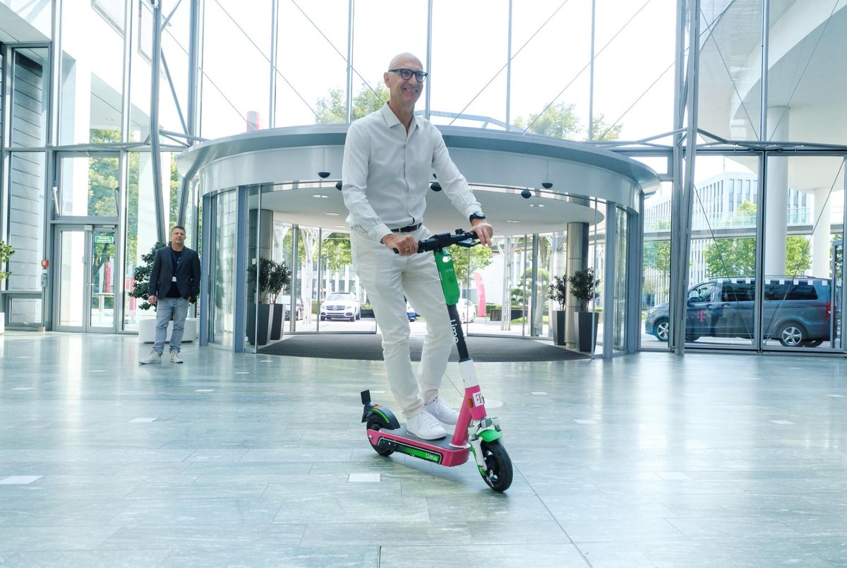 Social Media Post: ++Green Mobility++ Am Freitag konnte unser CEO Tim Höttges die...