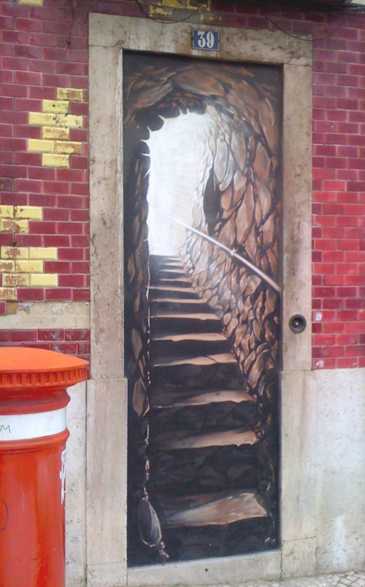 Stairway to ??? #streetart #art #stairs RT @streetartmagic Lisboa https://t.co/RPVbjqvrIh