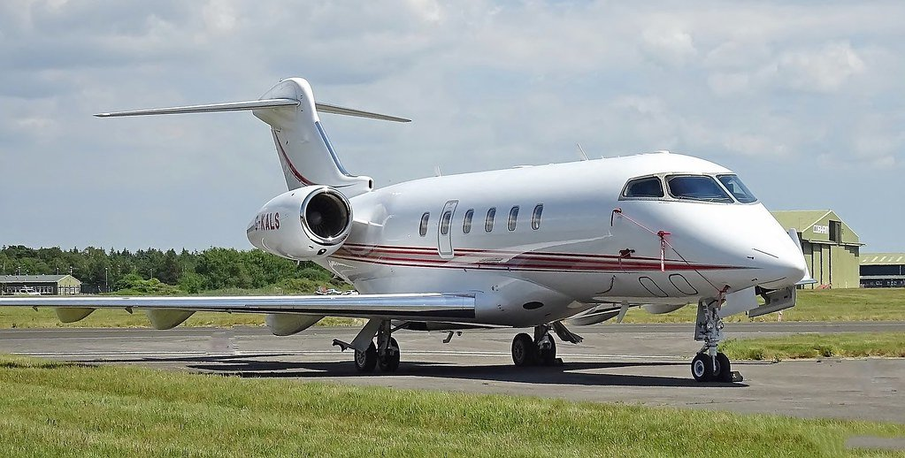 New To Market! Challenger 300 SN 20106 For Details, Contact: Don Bass, dbass@avprojets.com
