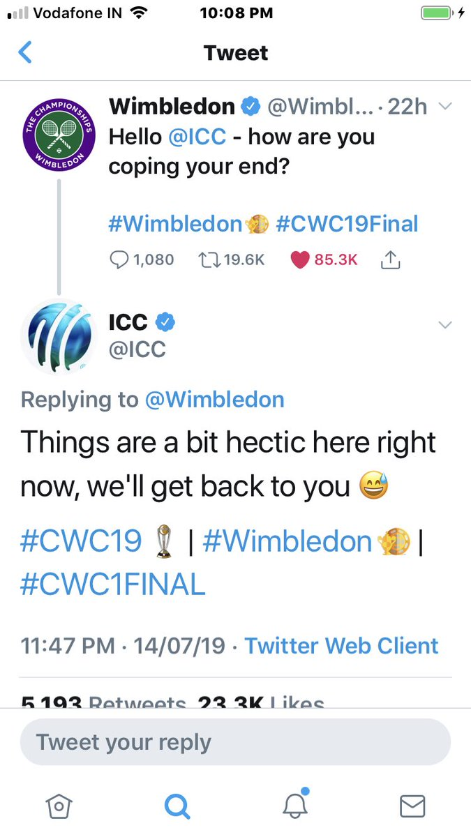 Most interesting twitter conversation. #CricketWorldCupFinal #WimbledonFinal <br>http://pic.twitter.com/QW0jI21vfr