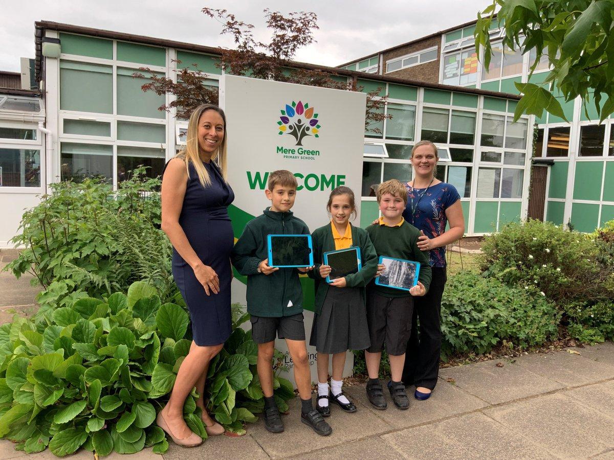 https://www.atlp.org.uk/mere-green-primary-school-named-as-an-apple-regional-training-centre/… @MrsCoombs1 @mgcps_b75 fantastic news!