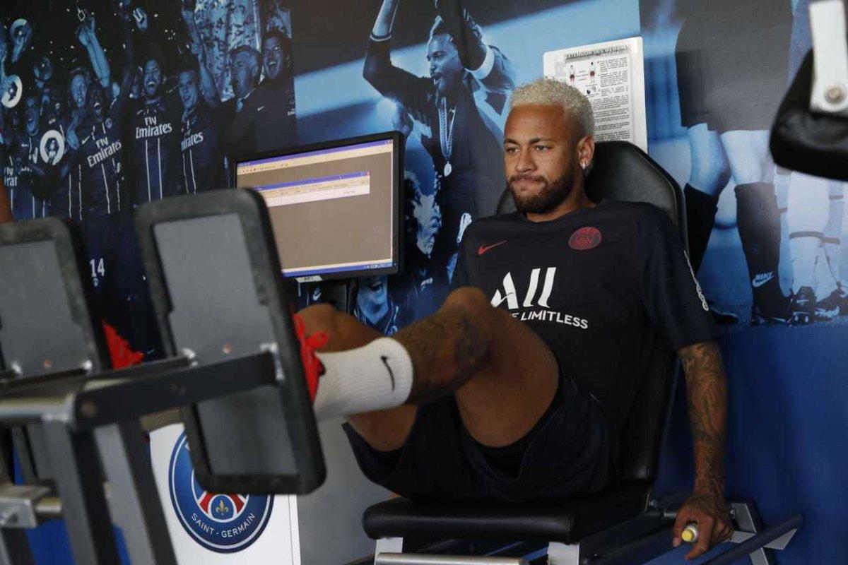 L'interview de Neymar en partie volée au Brésil