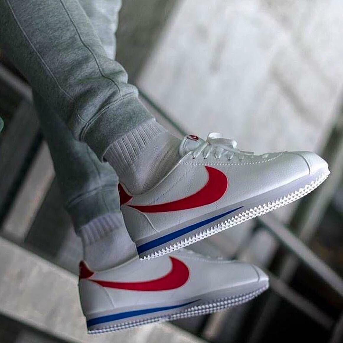 details for buy best best prices Nike Classic Cortez Leather COLOR : RED PRICE : 3990 thb ...