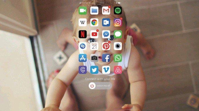 أغلق هاتفك واتصل بحياتك، حملة توعوية تهدف للتواصل بين العائلة  Switch me off Connect with your life https://t.co/GKi7vNAA2R
