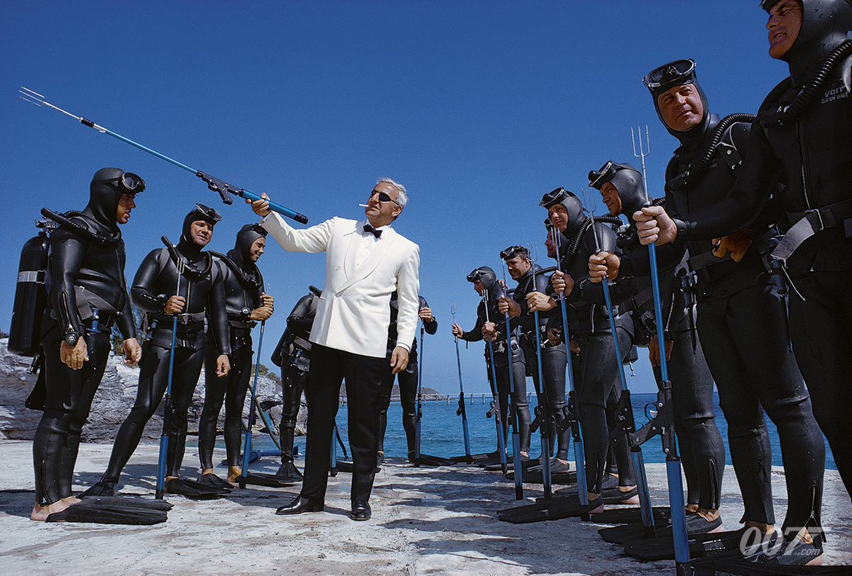 It's Bond (Sean Connery) vs. Largo (Adolfo Celi). Our Focus this week is THUNDERBALL (1965), Sean Connery's 4th 007 adventure. Take a deep dive at  http://www.007.com/focus-of-the-week-thunderball/…