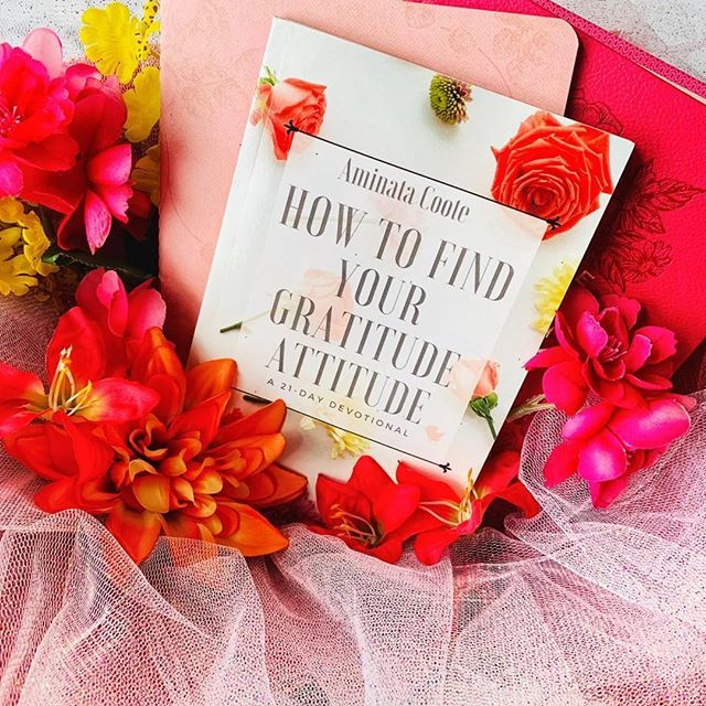 Today is #GiveSomethingAwayDay! Anyone who subscribes to my mailing list will get a free download of my 21-day devotional How to Find Your Gratitude Attitude.  Here's the link to join the mailing list:  http:// bit.ly/FreeGratAtt       Photo credit: Kingdom Bloggers . . . #hebrews12endu… <br>http://pic.twitter.com/1muQUw1mOK