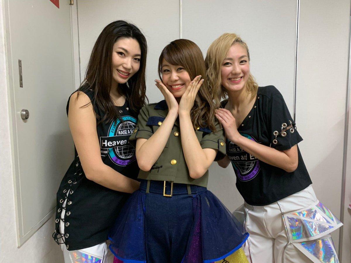 この3人で神戸で演奏出来た事、ただただ幸せで、嬉しかった。過去のあの日があって、今に繋がってそして未来へ続いていく歌いながら熱く込み上げてくる想いが止まらなくて、溢れました。紗英、夏芽、本当に本当にありがとう。また3人でライブしようね。#バンドリ #RAS神戸