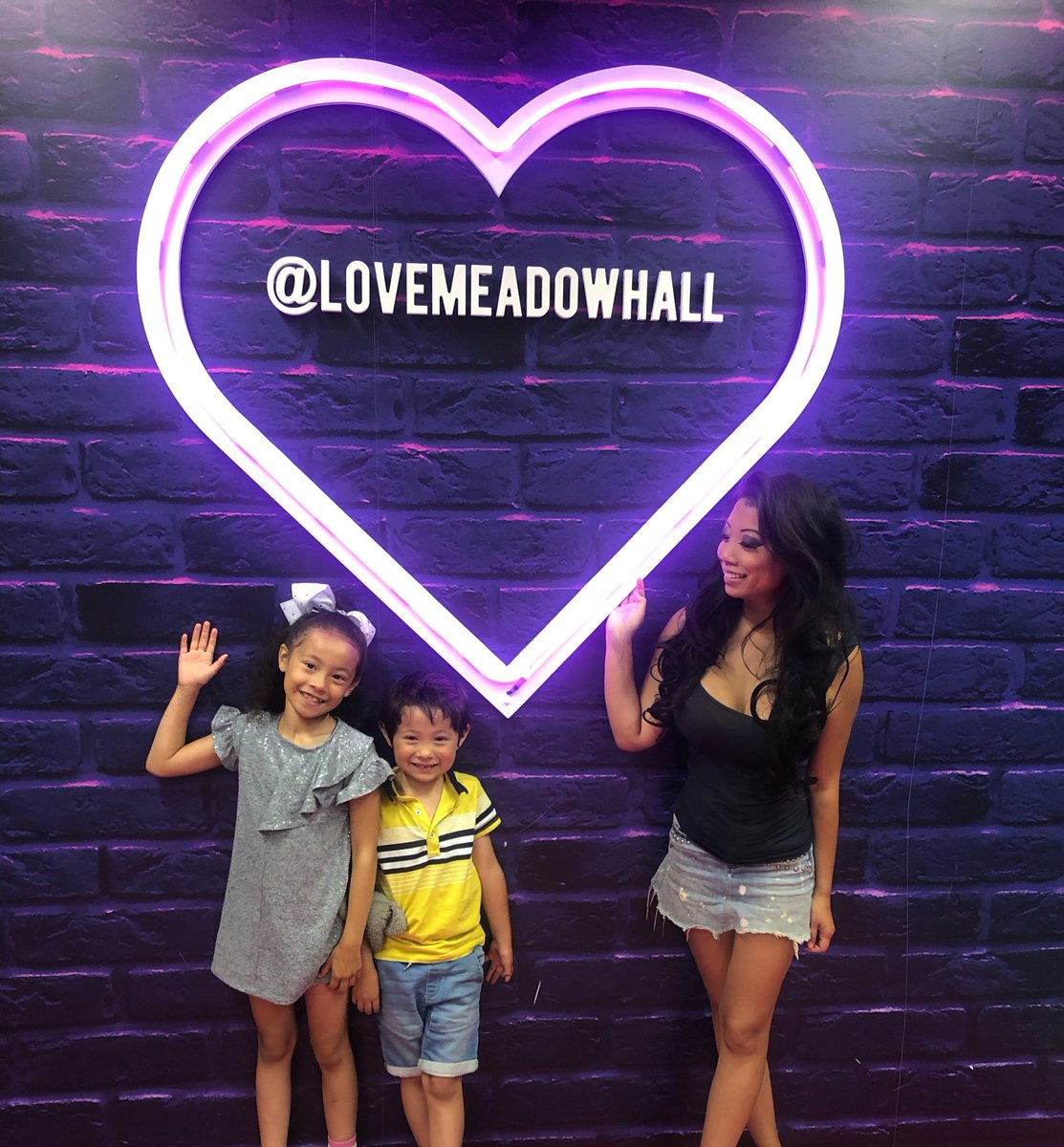 RT @chrissiewunna: Properly loved the Post Room @LoveMeadowhall today #mhpostroom #sheffieldissuper https://t.co/T3gGbwxxBY
