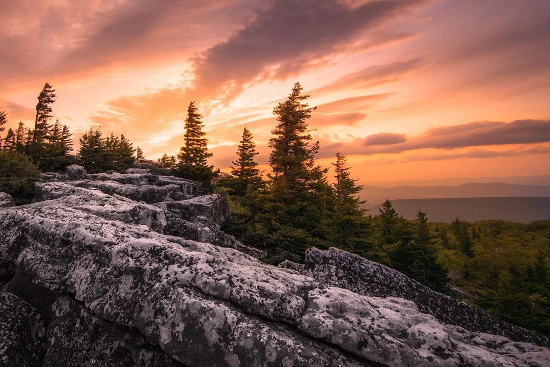 Sunsets in #AlmostHeaven >>  :  http:// instagram.com/506thcurrahee      Dolly Sods Wilderness <br>http://pic.twitter.com/tFg4ksd25l