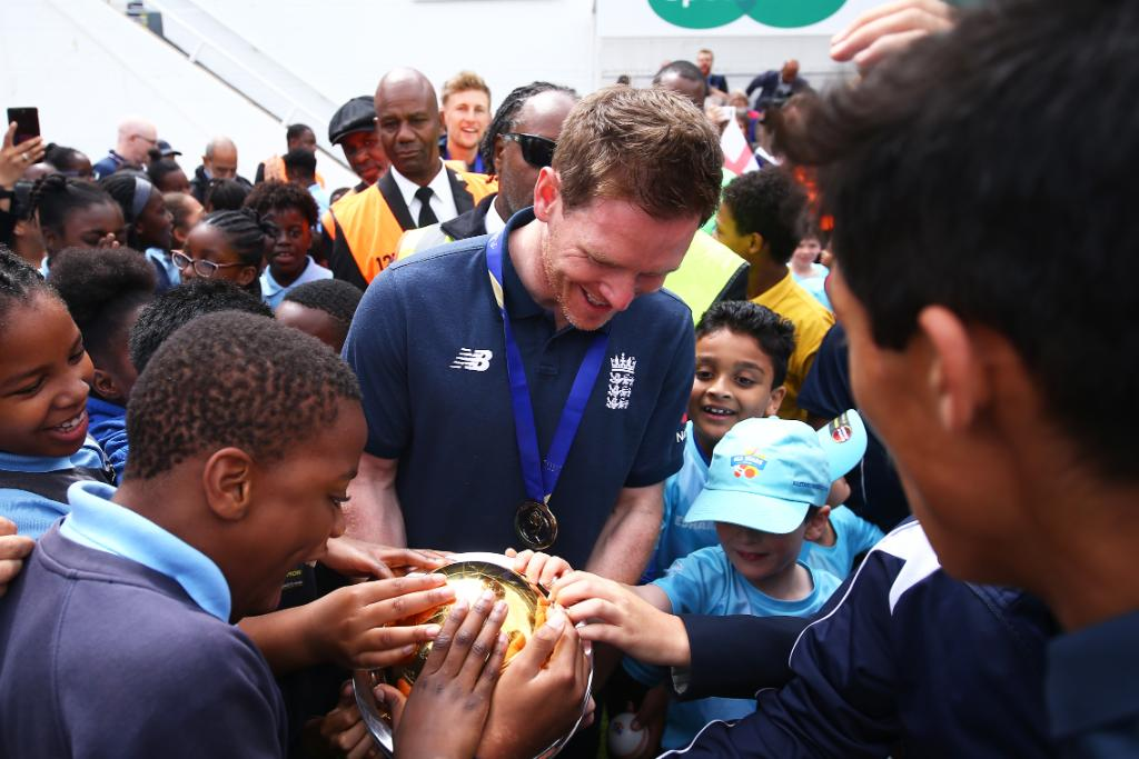 Wonderful scenes 😊Celebrating World Cup success with our amazing @englandcricket fans!