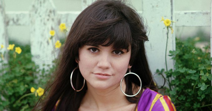 Happy 73rd birthday today to the one & only Linda Ronstadt! Born on July 15th, 1946.