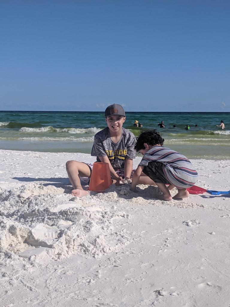 Jesse made it to the beach with his little brother this summer, a prize he had his eyes on while undergoing treatment for medulloblastoma. <br>http://pic.twitter.com/TvEKyyN6OV