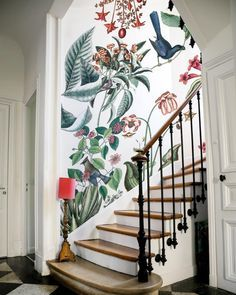 It's all about the pattern. #SOdomino #room #interiordesign #wall #mural #stairs #handrail https://t.co/NlVXv5eaEe