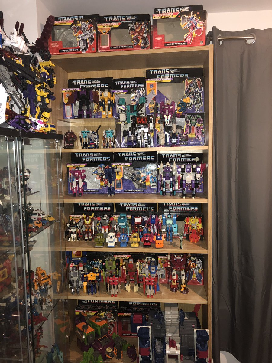 The 1987 display has also had a few updates since I last shared it.  Running out of ideas on how best to display though.. #Transformers #G1 #Hasbro #Toycollector
