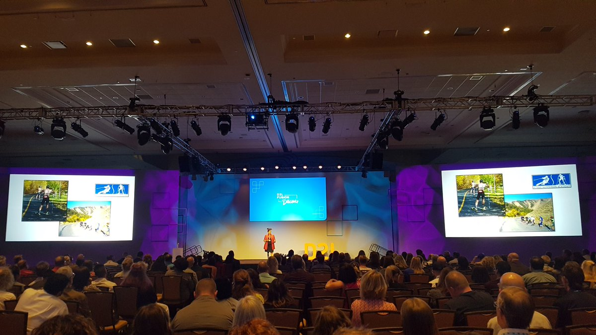 "Amazing keynote by Paralympic athlete @bonniestjohn at #D2LFusion.  ""This is impossible.  I may as well get started.""<br>http://pic.twitter.com/qPCWDlh41b"