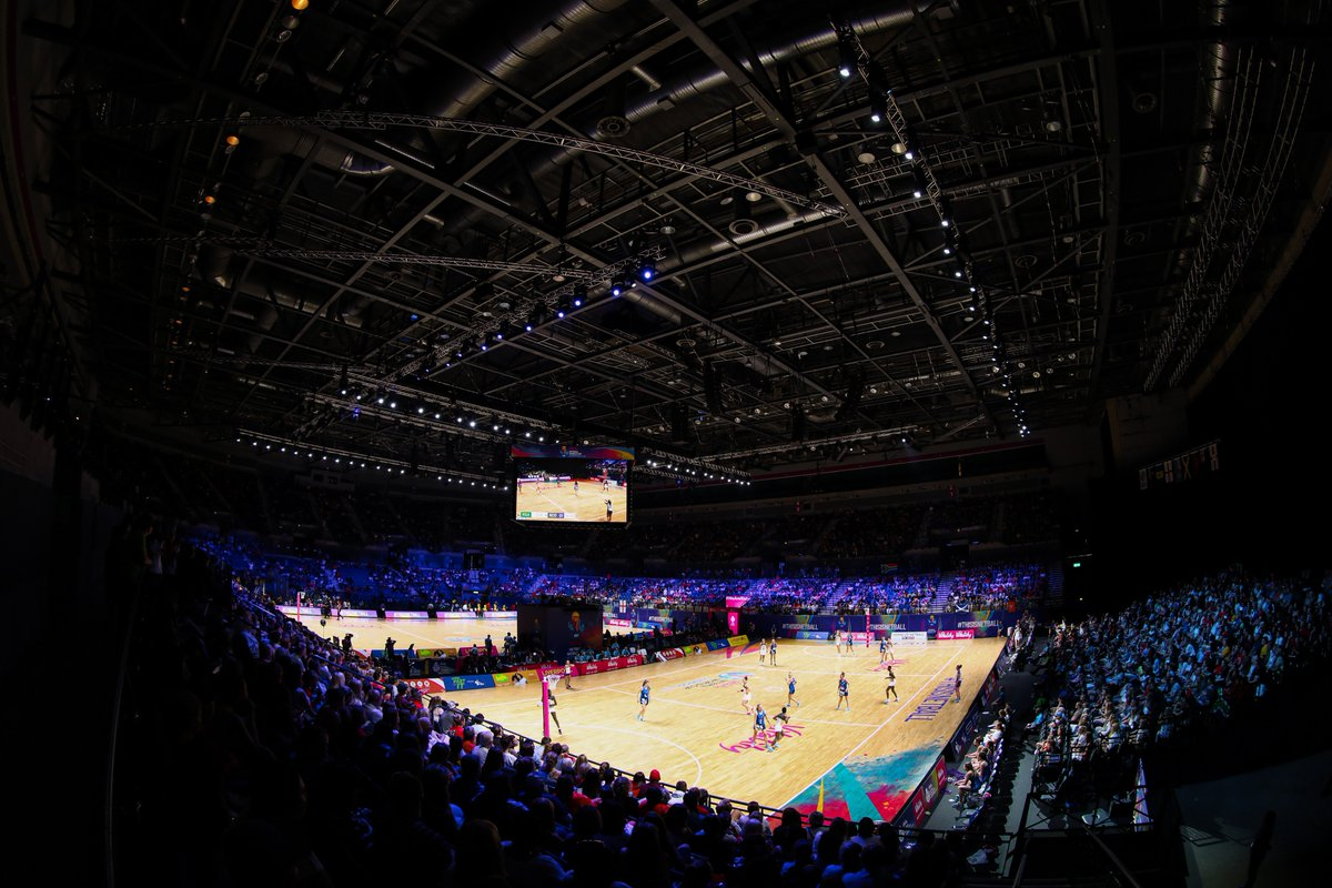 👏 @NetballScotland battling hard at the @MandSBankArena - but Lenize Potgieter is on 🔥  The @netball_SA GS is 30/30 at HT & the Proteas lead 32-20 🇿🇦  Has she been your Player of the Match so far?  #ThisIsNetball