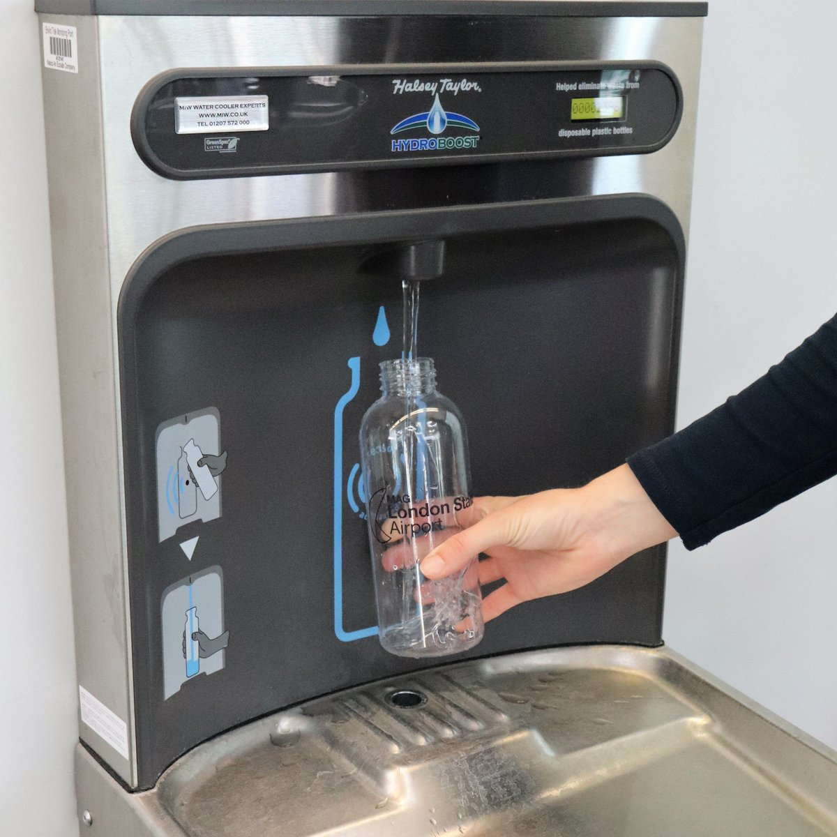 YOU SAID, WE LISTENED! • • • Brand 𝗡𝗘𝗪 water refill stations are now in place throughout the terminal >>> Including the Departure Lounge! (between Pret & Coast to Coast). 🌍💧👊🏽 #Refill #PlasticFree #WarOnPlastic #BeatPlasticPollution #FlyLondonStansted