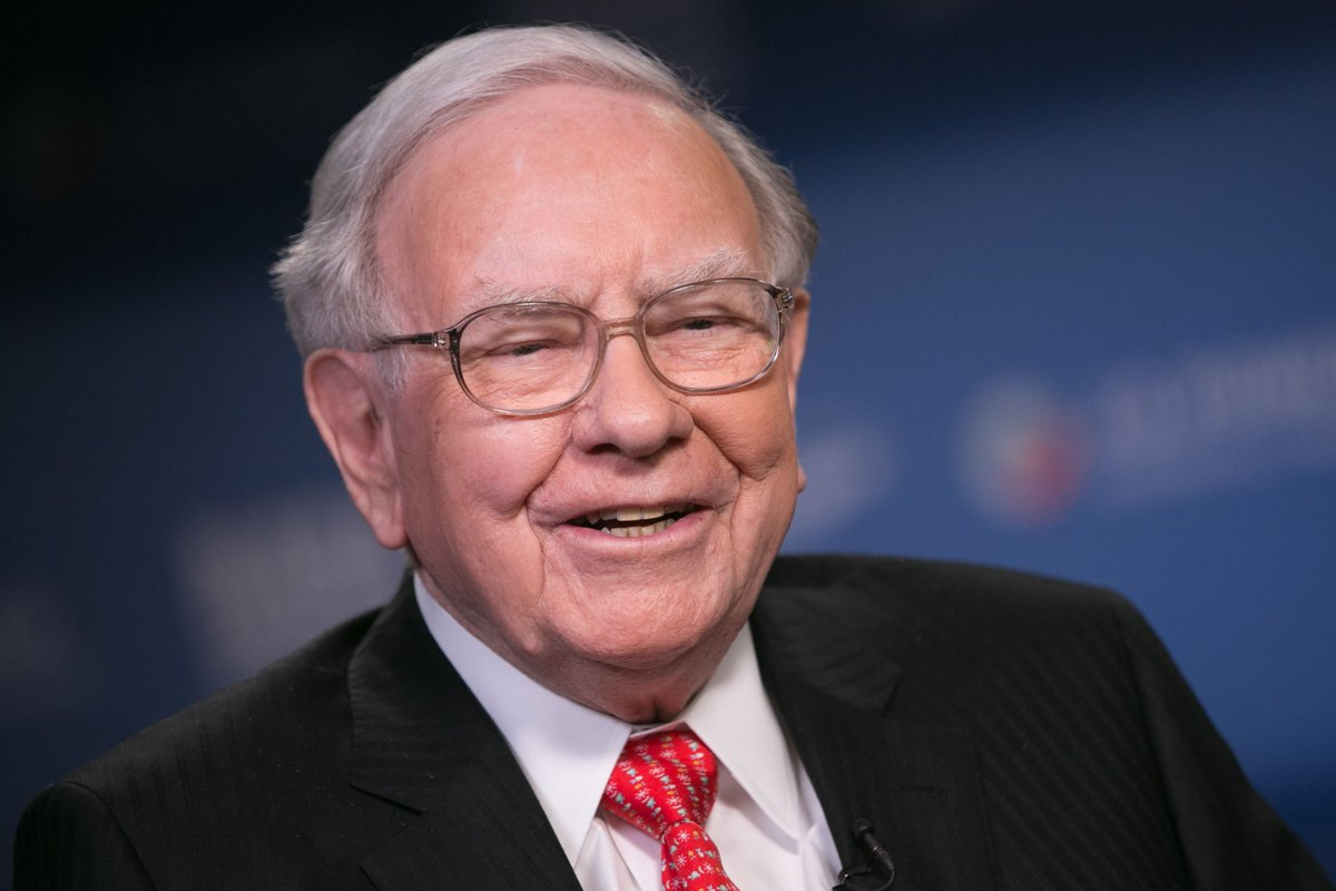 """Worth the read, but he usually is: """"Warren Buffett: This is the greatest measure of success in life"""" #ldr #leadership #whatmattersmost #alifeworthliving #culture https://buff.ly/2GOknx8"""