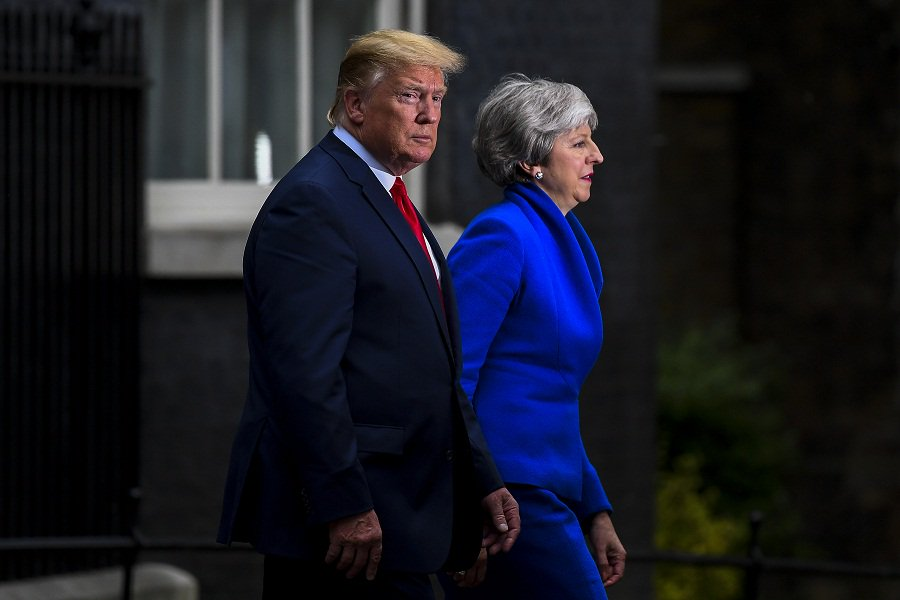 "Trump's ""go home"" remarks on minority lawmakers ""unacceptable"": spokesperson of UK PM http://xhne.ws/CxrVy"