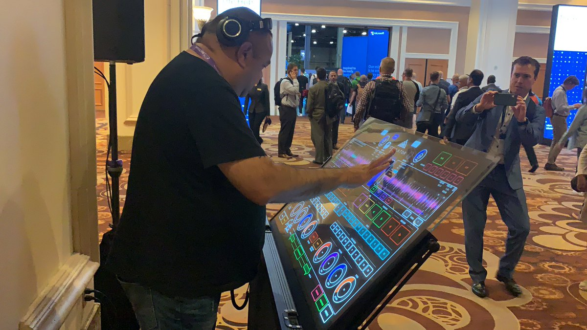 As an ex-DJ, I love and hate this. Give me 2 turntables and a microphone any day! #msinspire2019 #Microsoft  – at Mandalay Bay Convention Center