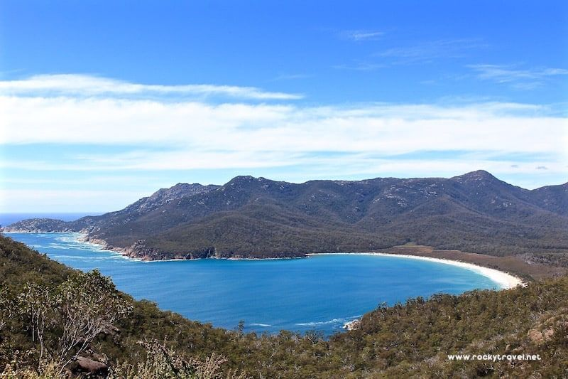 Love hiking and want to explore #Tasmania? Here is a fantastic #hiking trip from Hobart to the Three-Capes-Track. Check it out >> https://buff.ly/2MHgXka  #hikingadventures #tours #Australia #solotravel