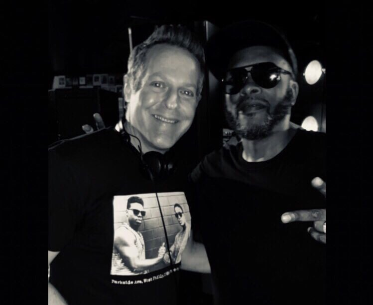 Naturally, always rock a Schoolly D shirt when spinning with DJ Jazzy Jeff. #PhillyDJs #JeffThe🐐