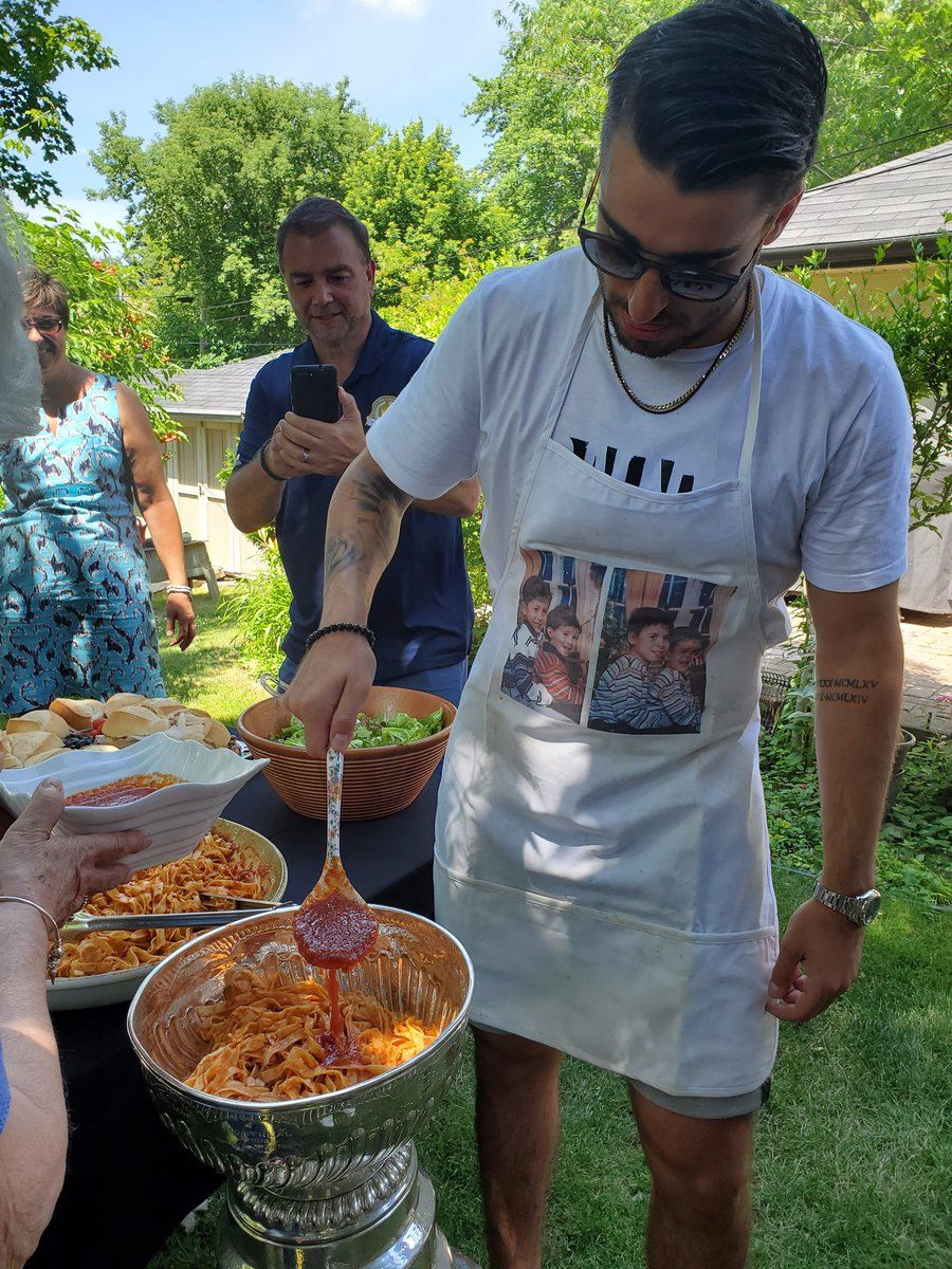 Next the sauce, then the cheese, then the meatballs all under the watchful eye of Grandma.  Robby Fabbri makes the family recipe in the #StanleyCup @StLouisBlues @nhl @HockeyHallFame