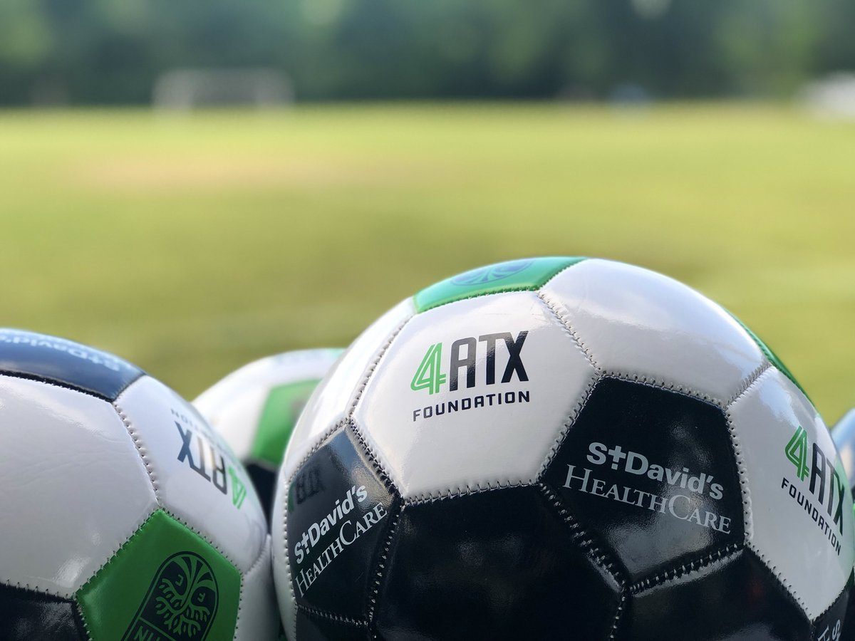 Still on! We are getting the fields set up and will be monitoring the weather throughout the clinic. ⚽️🥅 https://twitter.com/austinfc/status/1150864179550728197…