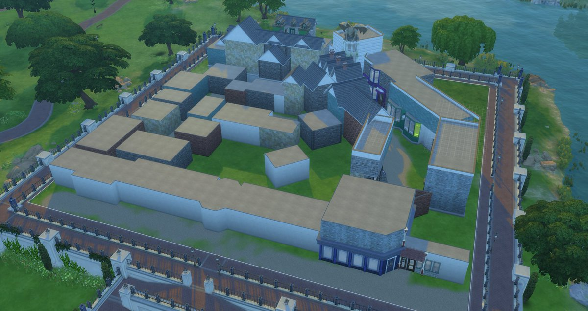 Wanted to take a quick CC break... Here i am recreating Diagon Alley  Spending my time in Sulani kinda makes me miss my beloved 64x64  #HarryPotter #wizardsunite #pottermore #diagonalley #thesims  #thesims4  #ts4 #sims4 <br>http://pic.twitter.com/J645c8ctpo