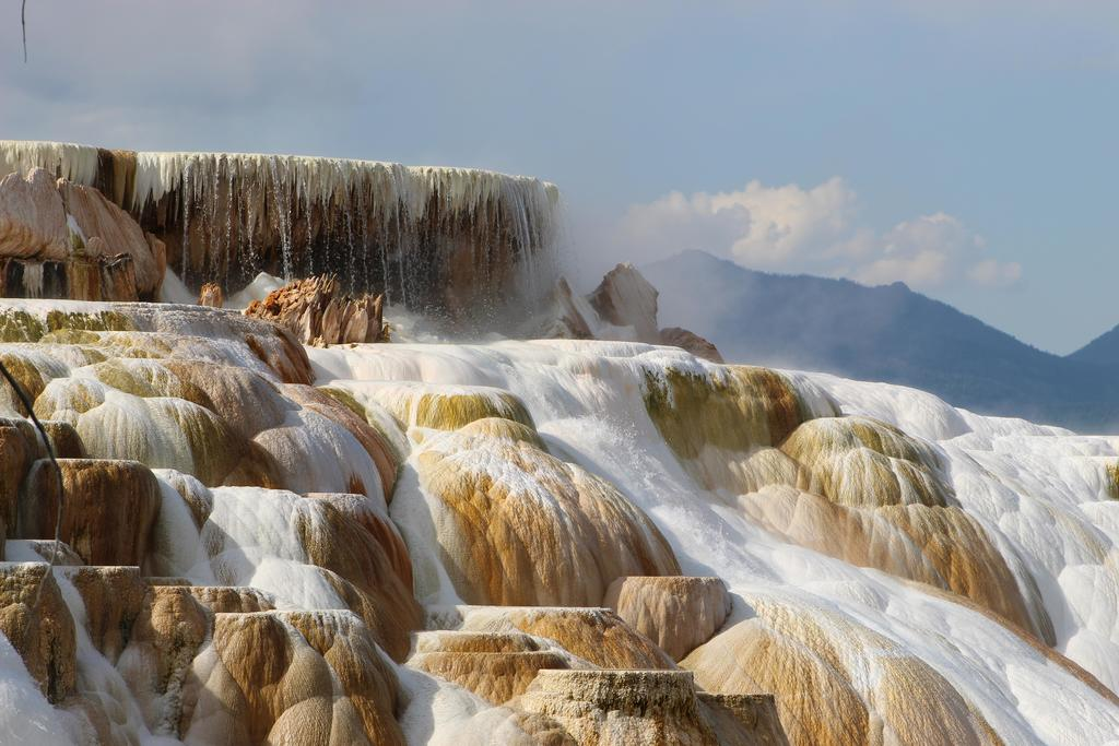 Mammoth Hot Springs in Yellowstone National Park, WY [OC] [5184 × 3456] #Landscape #Photography #Natural #Beauty #camping #hiking #travel #backpacking
