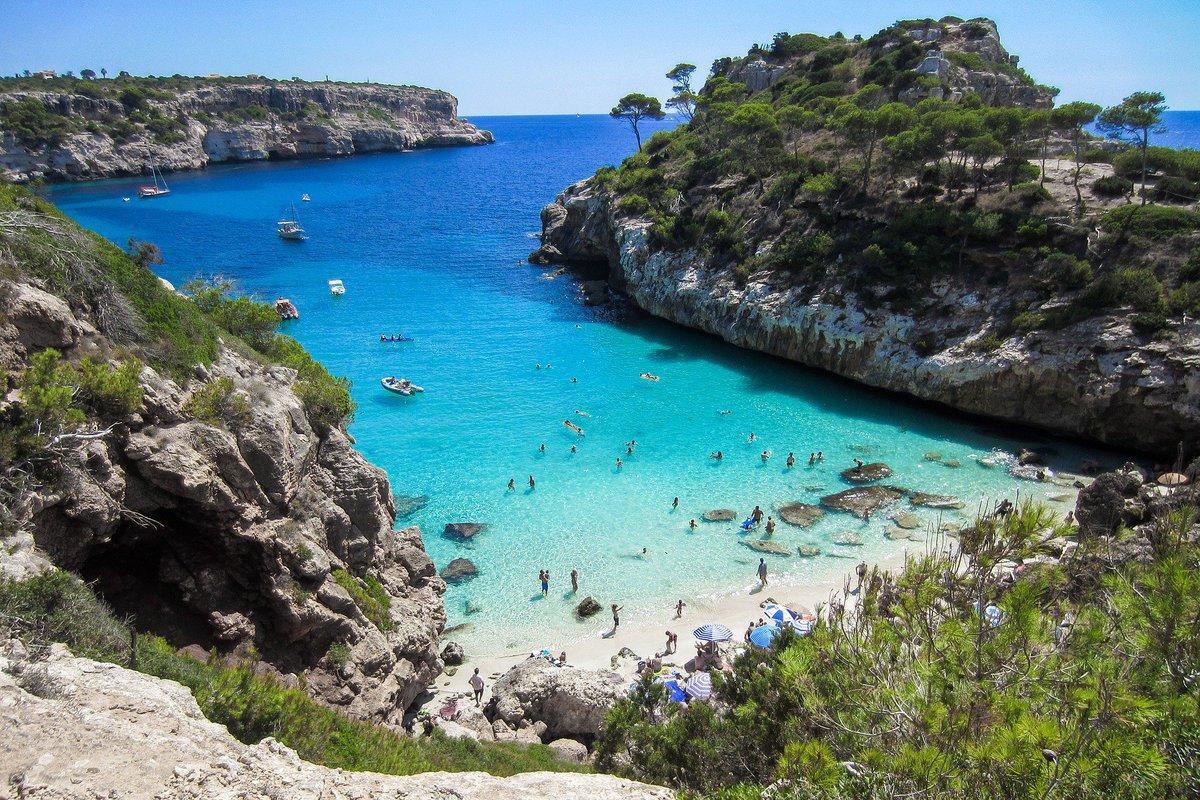 ¿Y sí se trata de paraísos? Aquí te presento uno: Mallorca Visita http://www.revistaelviajero.com #viajar #viajes #viajeros #viaje #mallorca #europa #playasdemallorca