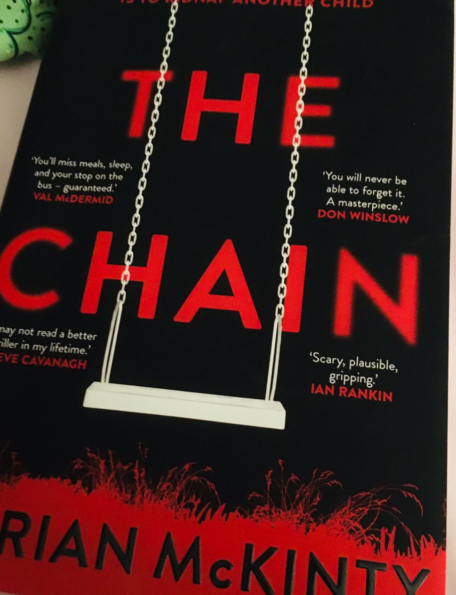 If you haven't read it... you must it is #THE #book of #2019 #gripping #unputdownable #realistic #wonderful #suspense #drama #scream #crime #fiction #DontBreakTheChain #thechain