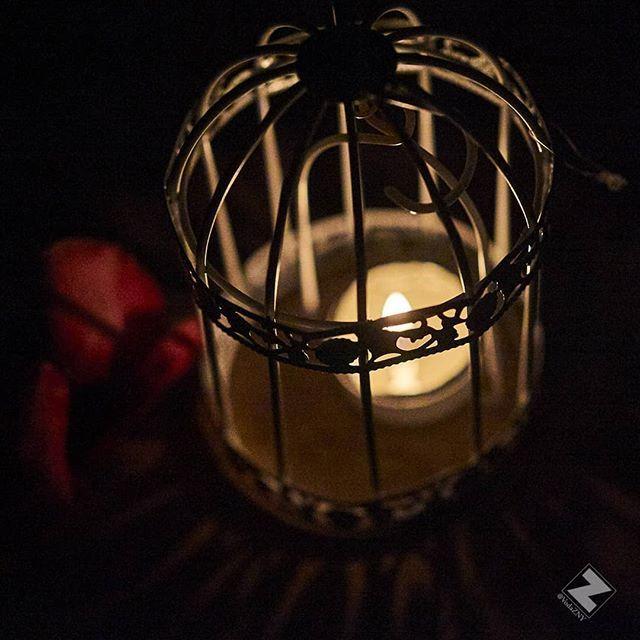 More nighttime colors. #candle #cage #light #candlelight #petal #rosepetals #romance #summer #vacation #mexico #eldoradoroyalecasitas #experienceeldorado #eldoradoresorts #exoticexperience #travel #seetheworld #wanderlust #wanderer #nikon #nikondf #captureone @vodazny_photo