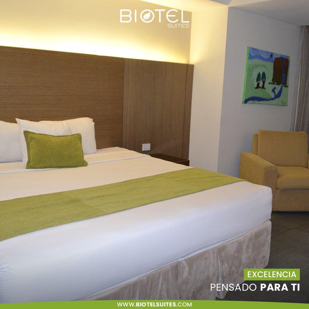 Relájate y sumérgete en tranquilidad y confort en nuestras habitaciones con garantía de descanso...  #confort #bed #cool #happy #chill #moments #barquisimeto #venezuela