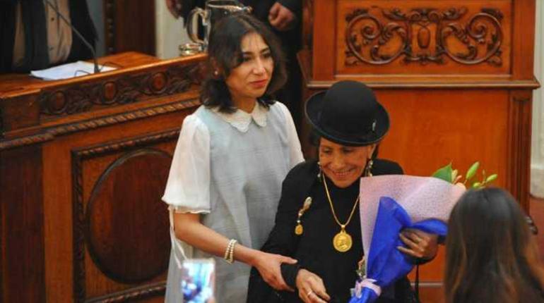 #Bolivia Sayuri Loza descarta candidatura por el MAS: https://shar.es/a0TEx4