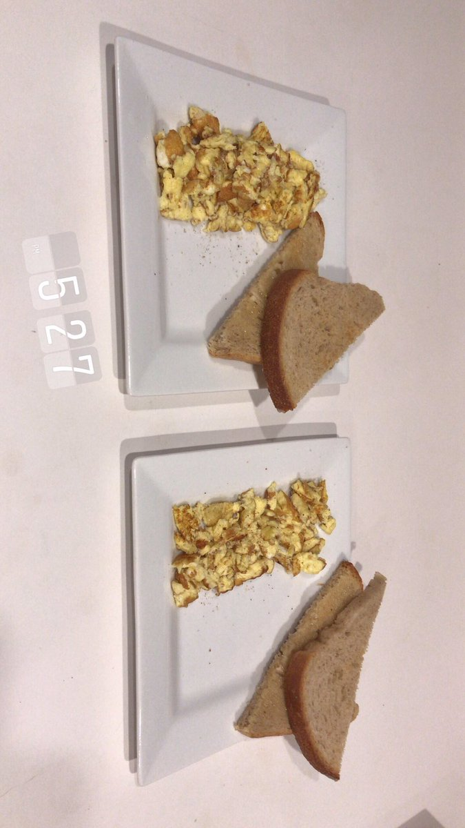 7/7! FINAL PRODUCT!! Scrambled eggs and toast! #cooking #homecook #amateurchef #cook #canada #ontario #kitchener #breakfast #scrambledeggs #Area51 #eggs #bread #margarine #salt #pepper
