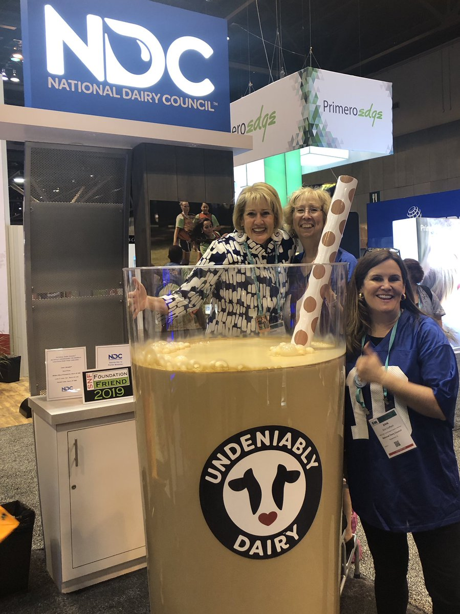 This was undeniably a great dairy picture. Thanks for supporting dairy in schools. #ANC19 @ErinCoffield #undeniablydairy
