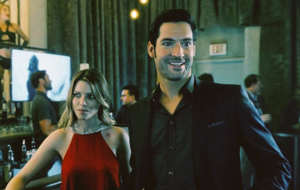 "Today visiting my friends lucifas in social networks and seeing photos, grifs and testimonies of how much love lucifer I ask myself: ""What the fuck netiflix how can cancel a series that is working"".#LuciferNetflix #Lucifer"