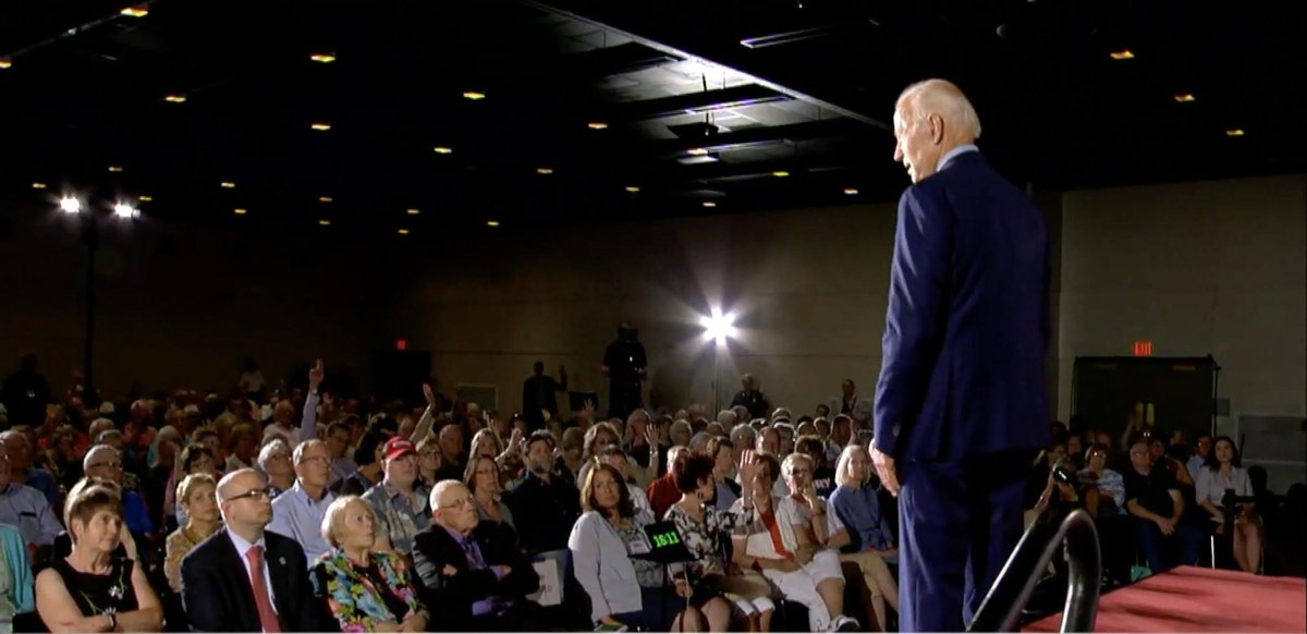 Joe Biden: How many of you like your employer-based health care? *8 hands go up* Bernies Fox News town hall: How many of you are willing to transition to a government-run system? *Nearly the entire audience raises their hands*