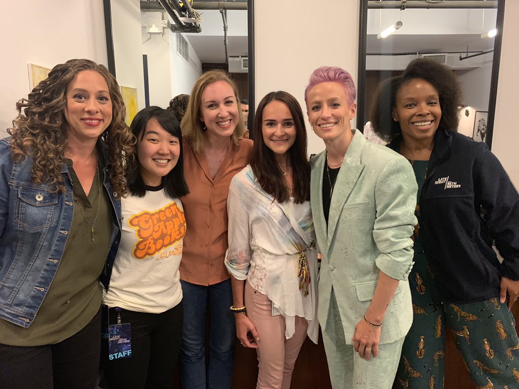 Sorry to report that @LateNightSeth has no more women writers bc we have all died just now !!!!!!!  @mPinoe thank you for coming to the show! ❤️❤️❤️