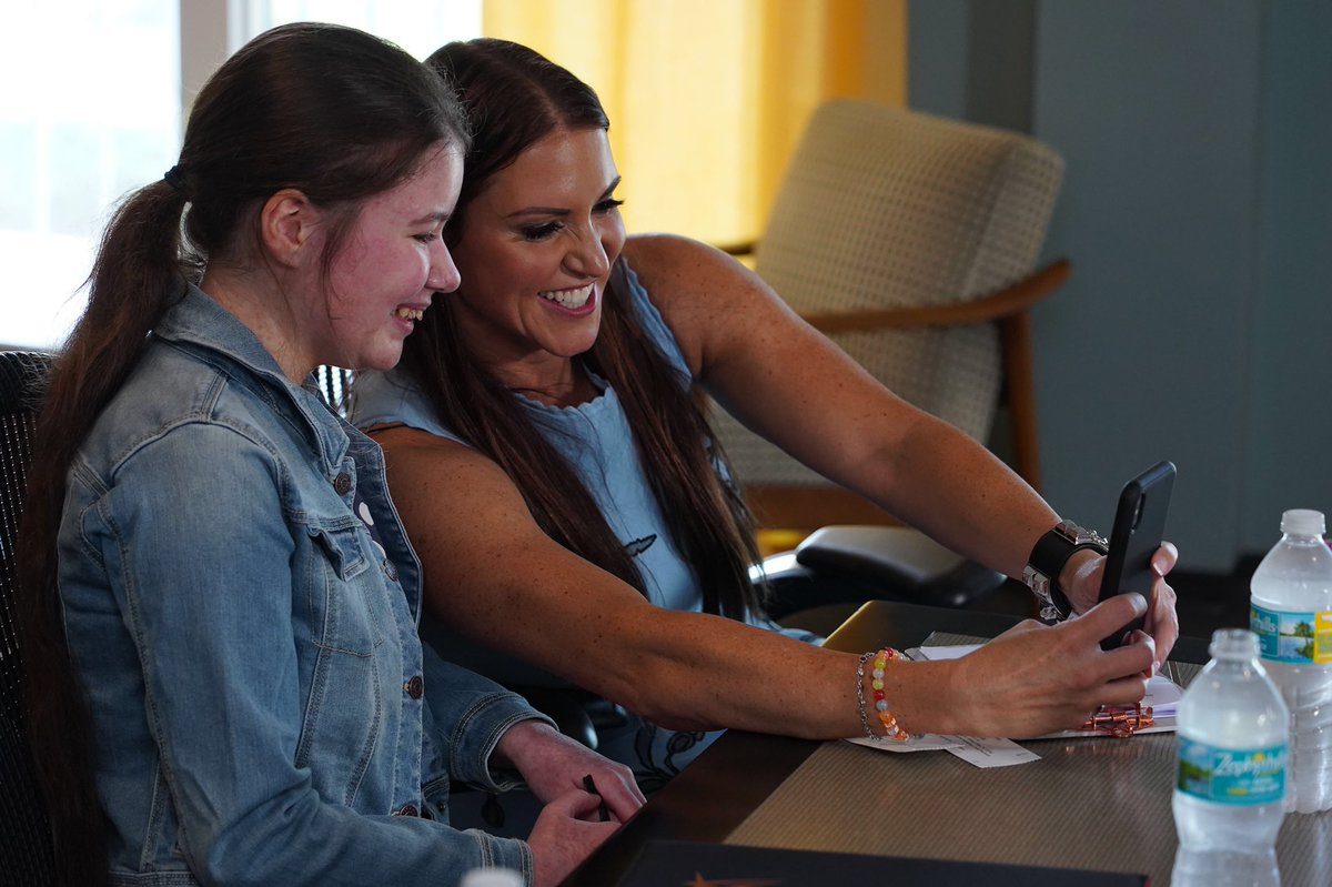 Tune in to @espn's #MyWish series on @SportsCenter tomorrow morning & come along as I meet Rhianna from @MakeAWishUK! This special little girl had some big ideas!