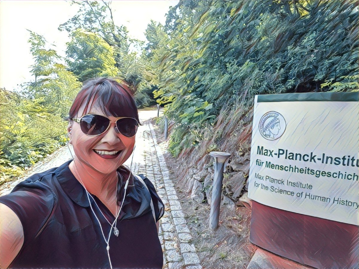 Working at the Max Planck Institute has been a dream for a long time. In June I was invited to interview there, and I took this selfie, thinking this was the closest I'd ever get. I'm happy to be wrong, as I'll be starting a postdoc @MPI_SHH in the Fall!<br>http://pic.twitter.com/QrmSrKHEyo