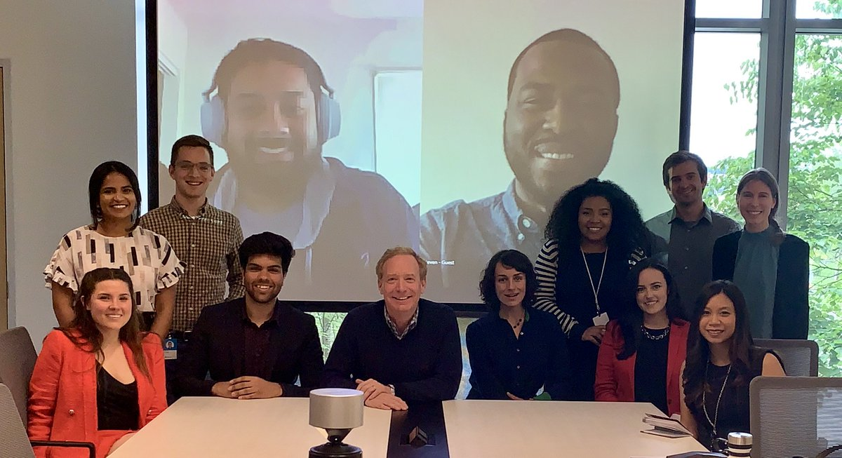 It's so fun and eye opening to talk with interns. This year's class of Microsoft legal interns didn't disappoint! #MicrosoftInterns #MicrosoftLife