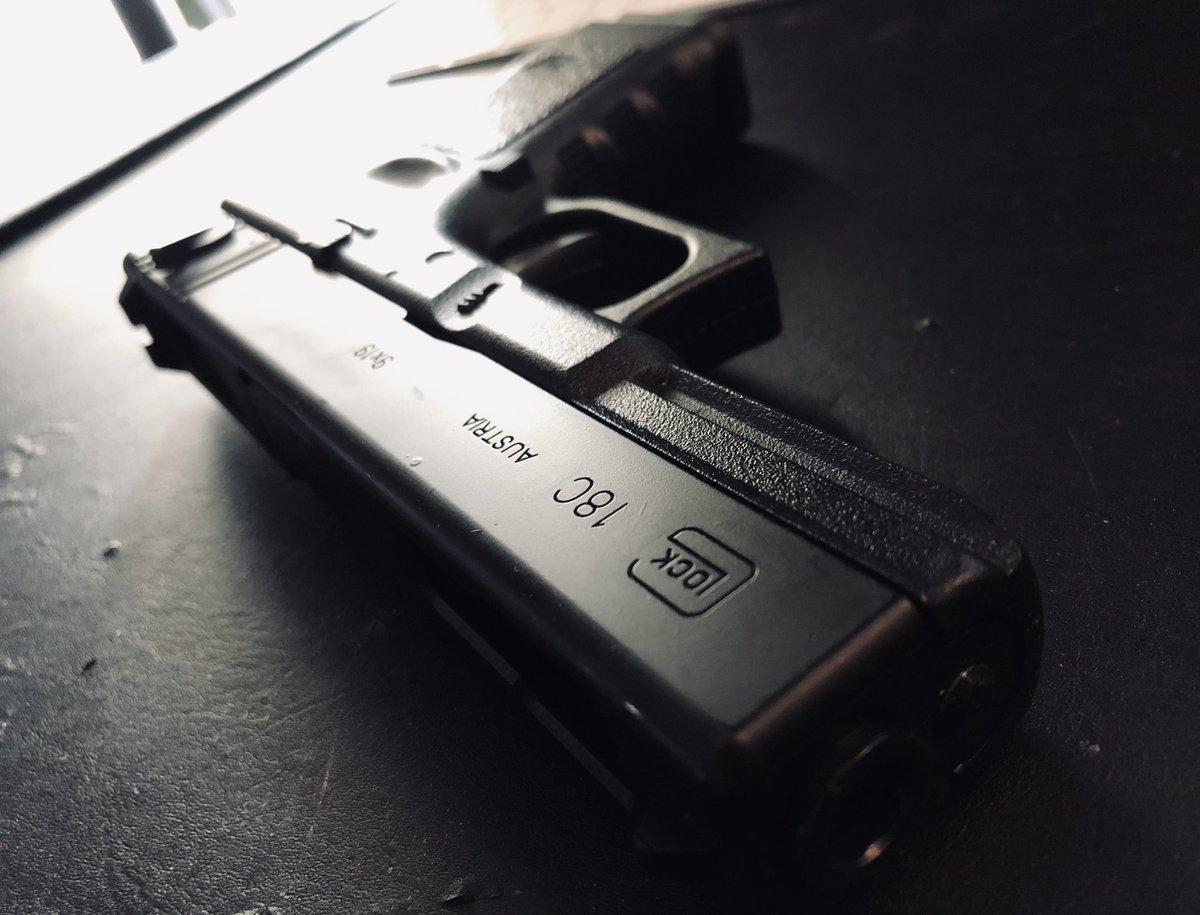 Passion Glock - G18C TM #airsoft #airsoftgun #airsoftfrance #nrng #nrngairsoft #glock #réplique #répliqueairsoft #pa #marui #tokyomarui #6mm #Austria